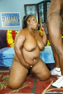 ebony mature bbw sucks cock