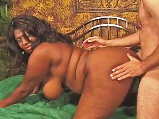 Black Mom Seduces A Younger Dude Free Porn 10 Xhamster